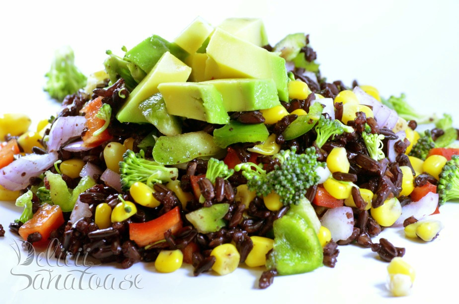 Salata cu orez negru - 1 - Delicii Sanatoase